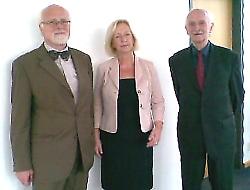 Bundesministerin Prof. Dr. Johanna Wanka mit dem vhw-Bundesvorsitzenden Prof. Dr. Josef Arendes und dem Landesvorsitzenden des vhw-Brandesburg Prof. Dr. Ernst Schmeer